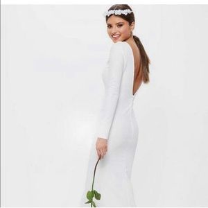 ISO MISGUIDED BRIDAL WHITE LONG SLEEVE OPEN BACK F